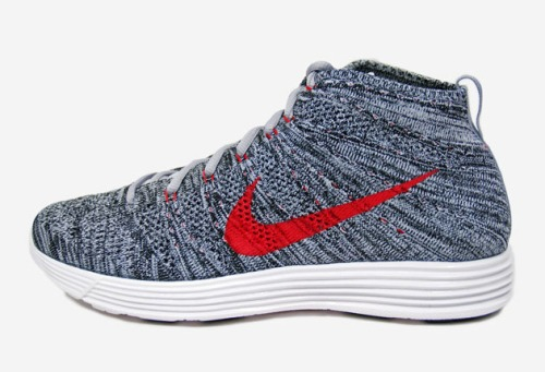 nike-flyknit-chukka-wolf-grey-university-red-01